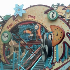 Photo taken at Primeval Whirl by Jake W. on 12/29/2012