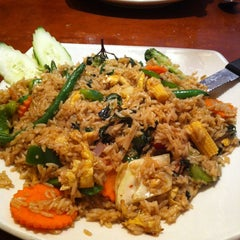 Photo taken at Sy Thai Cafe by Valerie R. on 9/14/2014