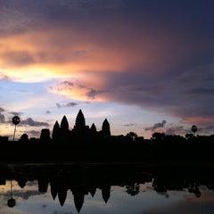 Photo taken at Angkor Wat Temple (អង្គរវត្ត) by Regie F. on 9/22/2012