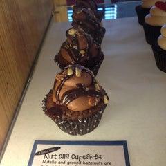 Photo taken at Lola Cookies & Treats by Rhonda W. on 2/6/2013