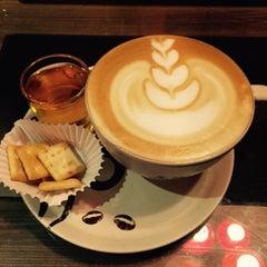 Photo taken at Black Canyon Coffee by Erlangga 9. on 8/7/2015