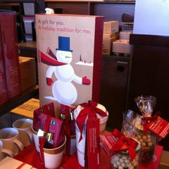 Photo taken at Starbucks by Eric C. on 12/24/2012