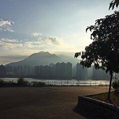 Photo taken at Ma Liu Shui Ferry Pier 馬料水渡輪碼頭 by Oscar F. on 11/14/2015