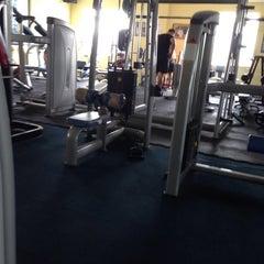 Photo taken at AL-FALAH Gym & Fitness Club by Hazry H. on 4/22/2014