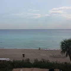 Photo taken at Alba Seaside Italian by Stella L. on 9/25/2013