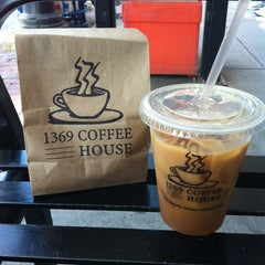 Photo taken at 1369 Coffee House by Diane Y. on 8/16/2013