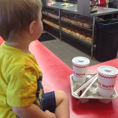 Photo taken at Five Guys by Lindsay C. on 8/20/2014