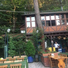 Photo taken at Kaplan Çam Restaurant by Metin D. on 8/3/2015