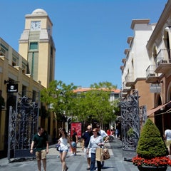 Photo taken at Las Rozas Village: Chic Outlet Shopping by Arquitectos A. on 7/6/2013