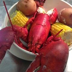 Photo taken at Pier 424 Seafood Market by Thomas B. on 8/10/2013
