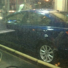 Photo taken at Super Car Wash & Quick Lube by J I. on 8/30/2011