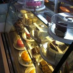 Photo taken at So Sweet Café (แสนหวานคาเฟ่) by Boatz  on 6/28/2011