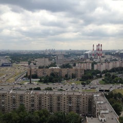Photo taken at Ленинский проспект by Dmitry P. on 7/7/2012