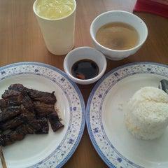Photo taken at Hungry Juan by Geff C. on 1/13/2012