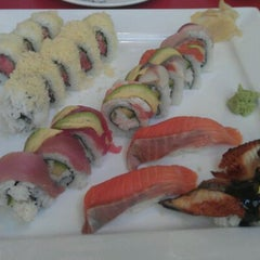 Photo taken at Dozo Japanese Sushi by Cheryl H. on 11/2/2011