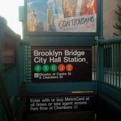 Photo taken at MTA Subway - Brooklyn Bridge/City Hall/Chambers St (J/Z/4/5/6) by Rafael A. on 12/17/2011