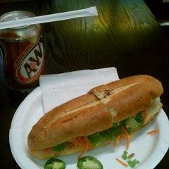 Photo taken at Nicky's Vietnamese Sandwiches by Rainier Anthony Treson F. on 8/9/2012