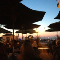 Photo taken at Wave Seafood Kitchen by jeff r. on 8/17/2012