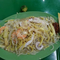 Photo taken at Kovan Hougang Market & Food Centre by Alvin on 8/12/2011