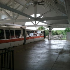Photo taken at Monorail Orange by Jason G. on 7/31/2012
