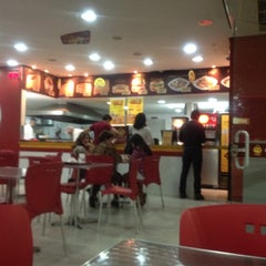 Photo taken at QG Jeitinho Caseiro by Ubirajara O. on 5/20/2012