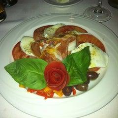 Photo taken at Rosa's Italian Restaurant by Genevieve M. on 3/20/2012