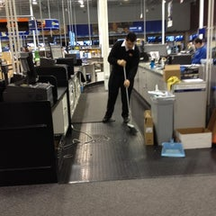 Photo taken at Best Buy by Cindy L. on 3/8/2012