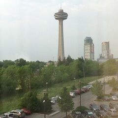 Photo taken at Courtyard Niagara Falls by Pao W. on 5/28/2012