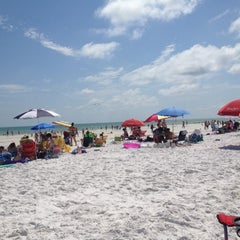 Photo taken at Siesta Key Beach by Elizabeth A. on 7/2/2012