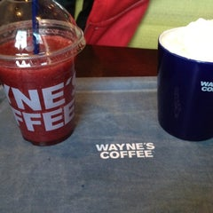 Photo taken at Wayne's Coffee by Fedek A. on 3/17/2012