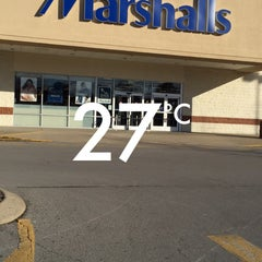Photo taken at Marshalls by Zozo A. on 3/16/2015