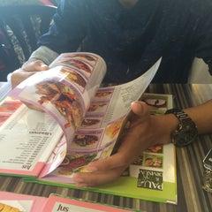 Photo taken at Restoran Cina Muslim Mohd Chan Abdullah by Adila Z. on 7/26/2015