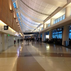 Photo taken at Norman Y. Mineta San José International Airport (SJC) by Chris V. on 9/29/2012