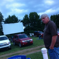 Photo taken at Holiday Drive In Theater by Linda T. on 7/7/2013