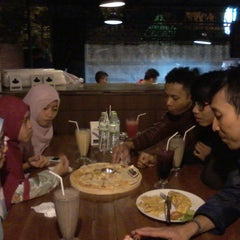 Photo taken at Resep Moyang Cafe & Resto by Rizkia F. on 12/28/2014