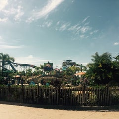 Photo taken at Aquatica San Diego by Petr H. on 9/3/2015