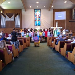 Photo taken at Mt. Tamalpais United Methodist Church by Steven W. on 4/1/2013