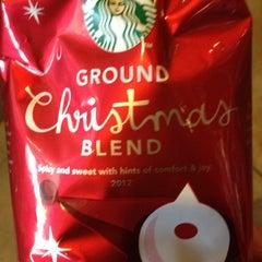 Photo taken at Starbucks by Erik W. on 12/12/2012