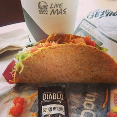 Photo taken at Taco Bell by Zac C. on 5/5/2015