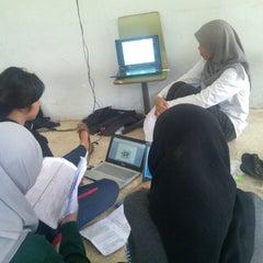 Photo taken at Kampus D3 Fakultas Teknik UNDIP by Ghani W. on 3/9/2014