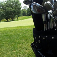 Photo taken at Clover Valley Golf Club by Mohammed M. on 8/17/2013