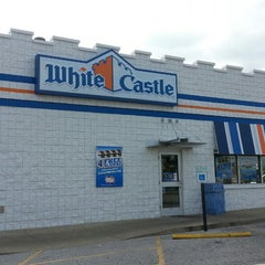 Photo taken at White Castle by DC S. on 6/7/2013