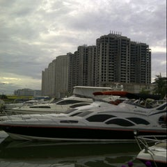 Photo taken at Dermaga 6 Marina Ancol by Arya A. on 2/22/2013