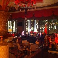 Photo taken at Eastside Lounge at Encore Las Vegas by Matt H. on 12/24/2012