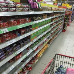 Photo taken at Carrefour by wirawan k. on 4/3/2016