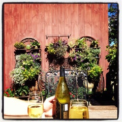 Photo taken at Sharpe Hill Vineyard by Phaedra D. on 9/22/2013