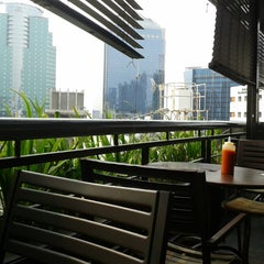 Photo taken at Plaza Semanggi Sky Dining by Rachmat P. on 10/2/2013