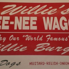 Photo taken at Willie's Wee-Nee Wagon by Will J. on 7/25/2013