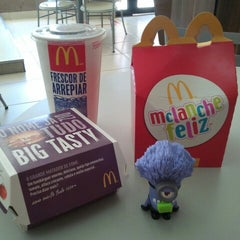 Photo taken at McDonald's by Dyego A. on 7/26/2013