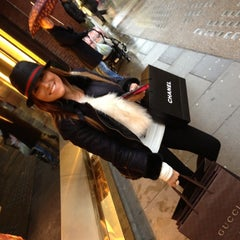 Photo taken at Gucci by . .. on 11/30/2012